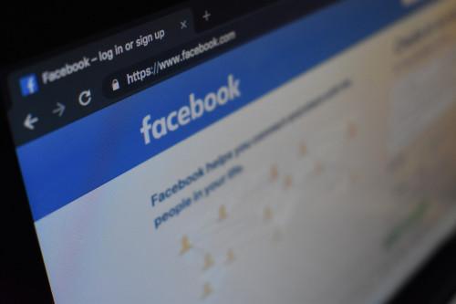 #facebookoweABC: Jak połączyć stronę na Facebooku z kontem firmowym na Instagramie - instrukcja w 5 krokach