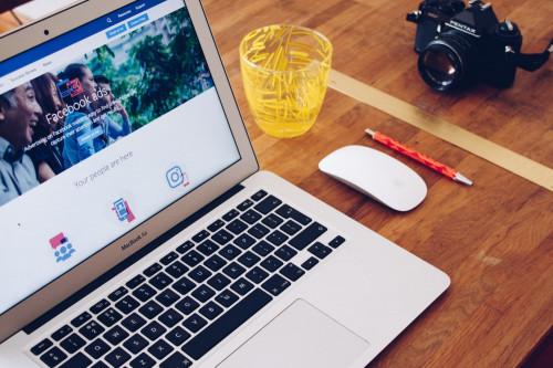 #Facebookowe ABC: Dlaczego warto promować się na Facebooku w czasie pandemii?