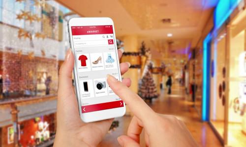 E-commerce - sprzedaż podniosą social media