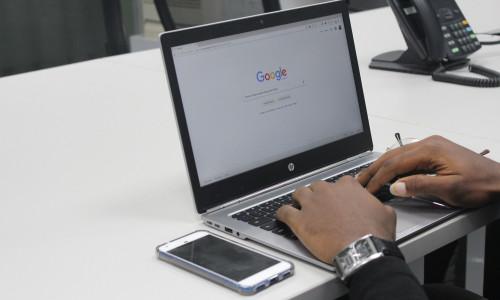 Czym są algorytmy Google? Jak przypodobać się wyszukiwarkom